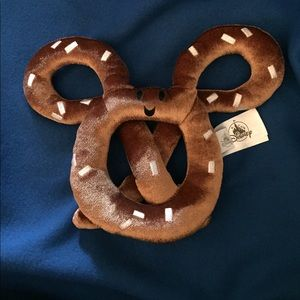 New without tags Disney Mickey Mouse Plush Pretzel